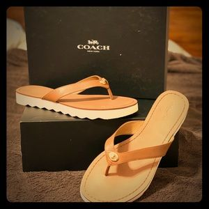 Coach Shelly Sandals size 9 1/2